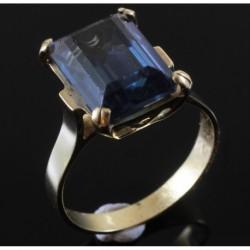 Anello in oro 18Kt con Cubic Zirconia Colore Azzurro | AAA
