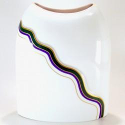 Vaso in porcellana con decoro a rilievo - h.18cm – mod.Savio